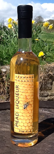 This is a fortified, sweeter version of the apple mead, a serious contender for 'nectar of the gods'.